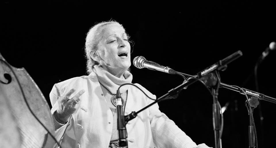 Permalien vers:Concert au Mantra Fest 2017